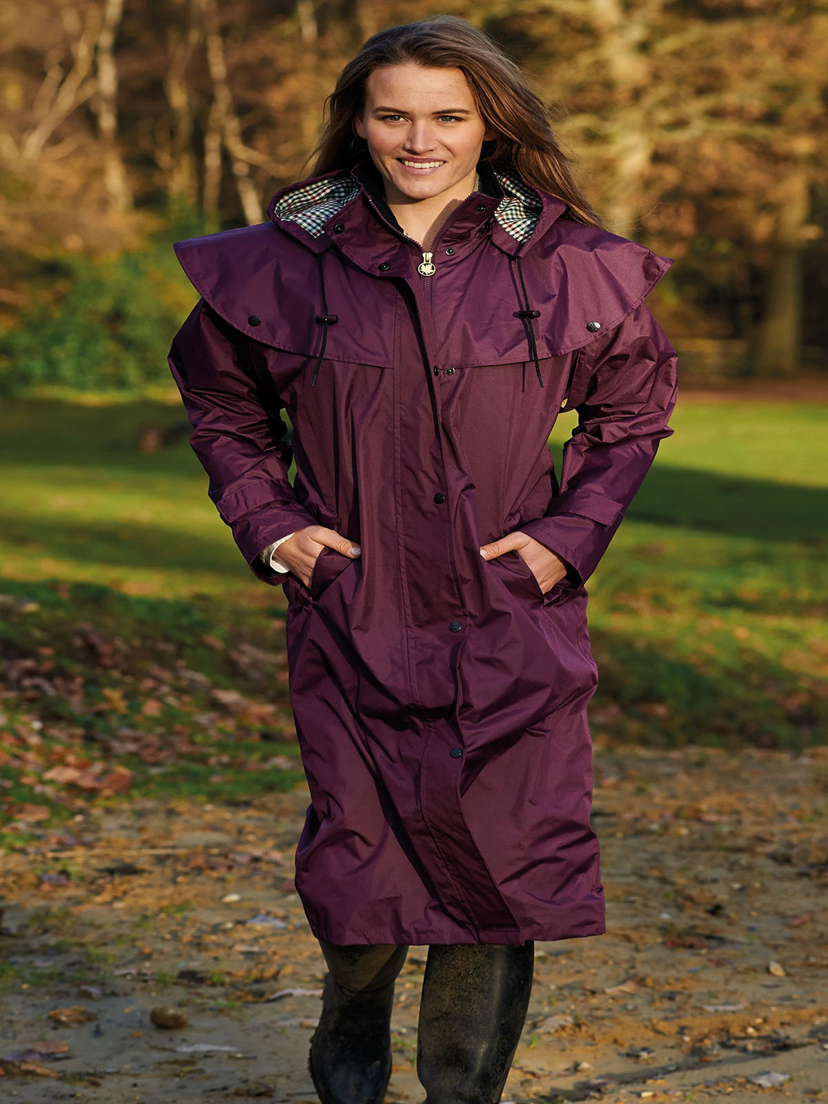 Ladies Champion Sandringham Cape Jacket Plum